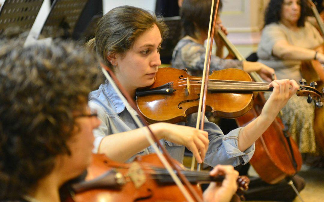Por 4to año consecutivo la Orquesta Clásica U.de Santiago encabeza la Gala del Roto Chileno en Barrio Yungay