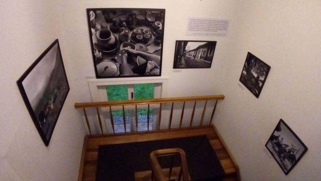 Imágenes de la muestra que exhibe el Museo Histórico de la Universidad Austral de Chile hasta el 29 de mayo .