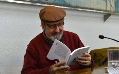 """Premio Nacional de Literatura participa de primer conversatorio del ciclo """"Gente de Palabra"""""""