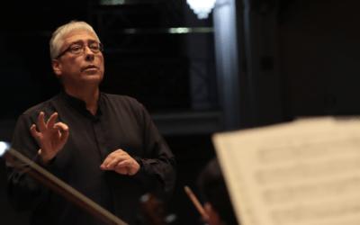 David del Pino celebra 40 años de carrera como director con la Orquesta Clásica U. de Santiago