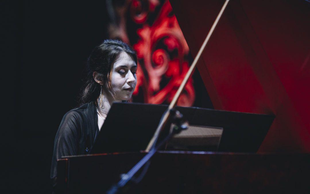 Catalina Vicens, virtuosa del clavecín dicta clases magistrales en la USACH